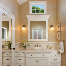 traditional bathroom by Keeping Interiors