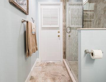 Classic Beach House Style Bathroom
