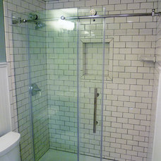 Traditional Bathroom by Inspired Remodeling & Tile by Peter Bales