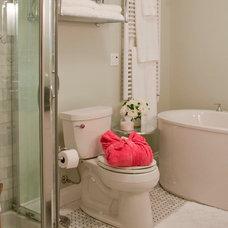 Traditional Bathroom by Jil Sonia Interiors