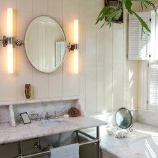 Traditional Bathroom by Barnes Vanze Architects, Inc