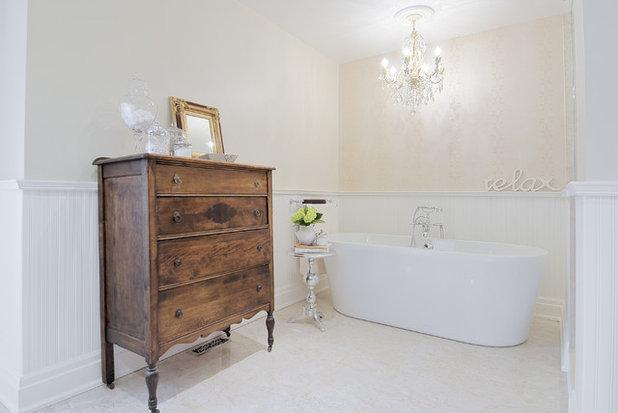 Connu 10 astuces gain de place pour une salle de bains fonctionnelle IL67
