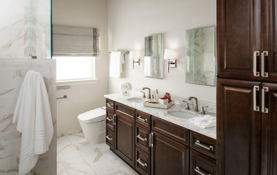 Bathroom of the Week: Pamper-Me Features and Marble-Like Tile