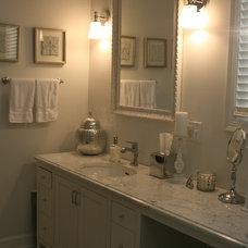 Traditional Bathroom by gordon architecture, inc.