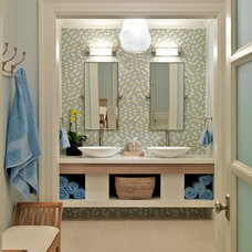 Traditional Bathroom by Jan Gleysteen Architects, Inc