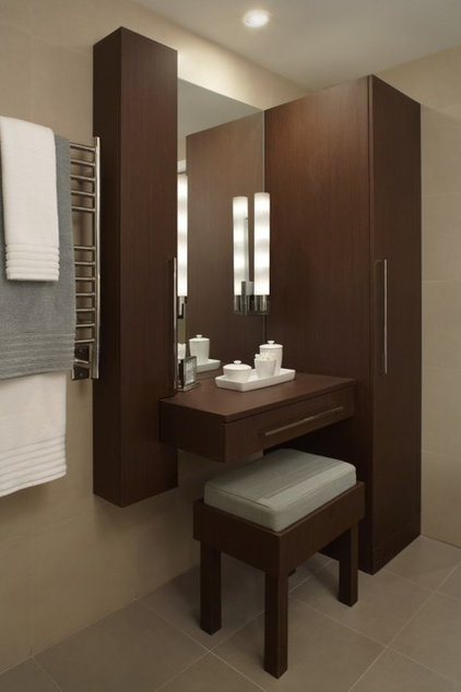 contemporary bathroom by Xstyles bath