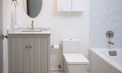 Clean Coastal Bathroom
