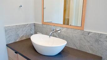Clean Traditional Master Bathroom
