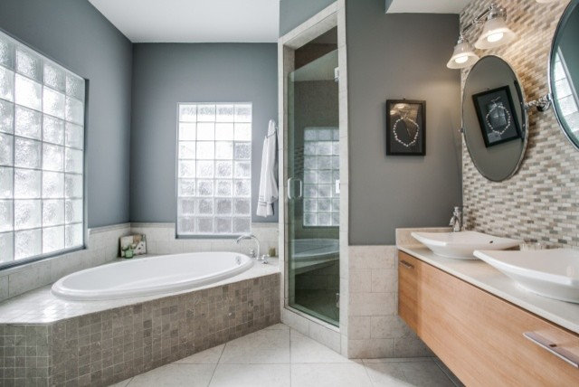 Contemporary Bathroom by Eubank Staging and Design