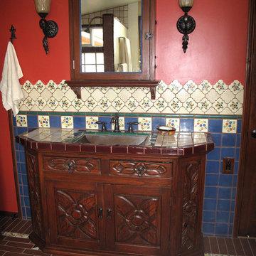 Cliff House Bathroom
