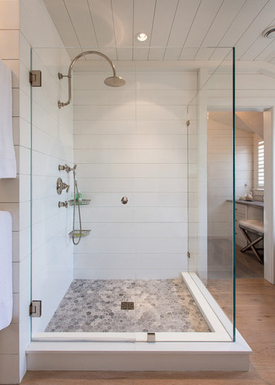 Coastal Bathroom by Jonathan Raith Inc.