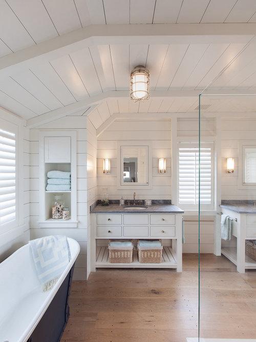 Large Beach Style Bathroom Design Ideas Remodels Photos – Beach Style Bathroom