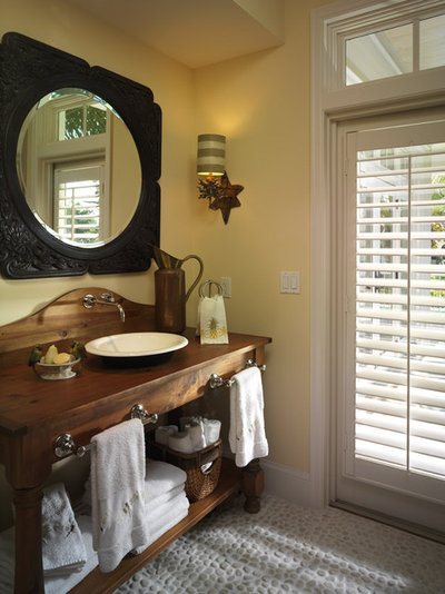 Traditional Bathroom by Clifford M. Scholz Architects Inc.