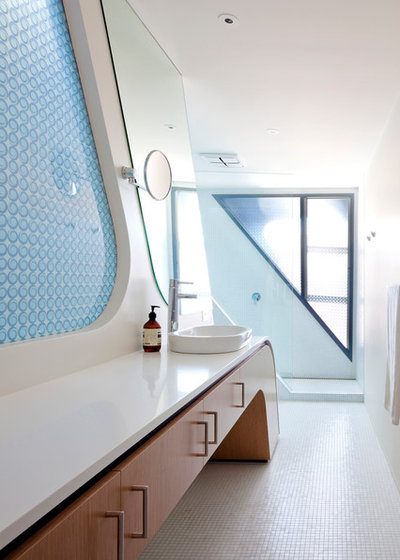 Contemporary Bathroom by Andrew Simpson Architects
