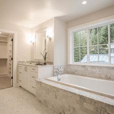 Farmhouse Bathroom by BDR Fine Homes