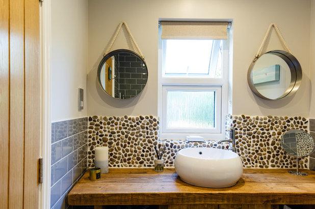 Coastal Bathroom by Jenny Ballantyne Interiors