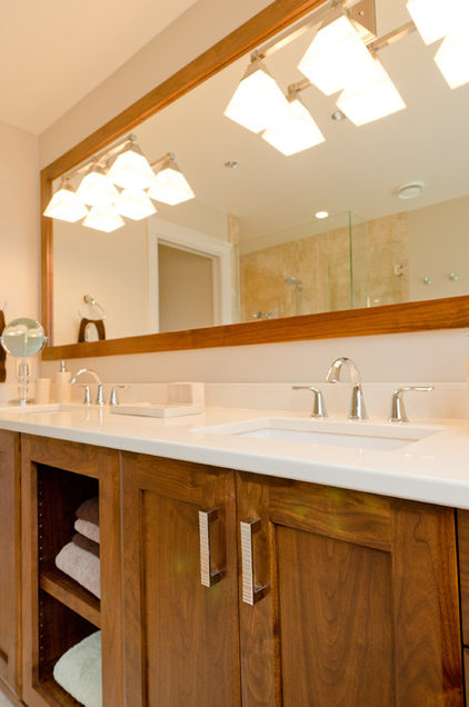 Traditional Bathroom by Denise Mitchell Interiors