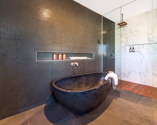 25+ Best Canberra - Queanbeyan Bathroom with a Wall-Mount Toilet ...
