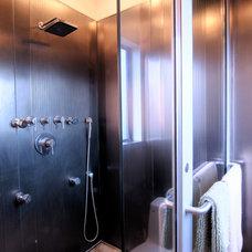 Modern Bathroom by Louise Lakier