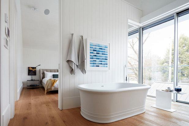 Contemporary Bathroom by Hodgson Design Associates