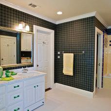 Contemporary Bathroom by Glendarroch Homes