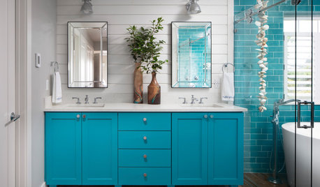 8 Elements of Beach-Style Bathrooms