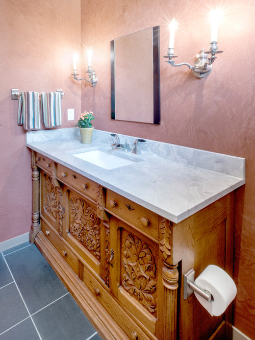 Salmon colored walls bath design ideas pictures remodel for Salmon bathroom ideas