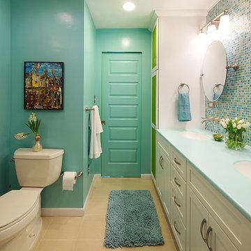 Colorful and Modern Bathroom