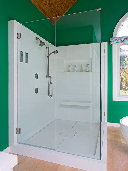Bathroom putting green