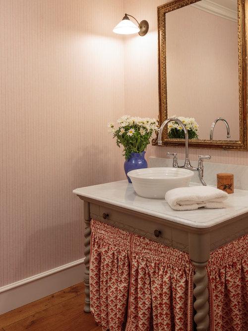salle de bain campagne avec un mur orange photos et id es d co de salles de bain. Black Bedroom Furniture Sets. Home Design Ideas