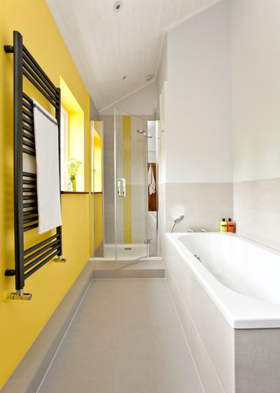 contemporain salle de bain by instil design limited - Salle De Bain Enfant Coloree