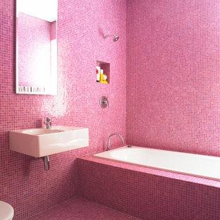 Bild på ett funkis badrum