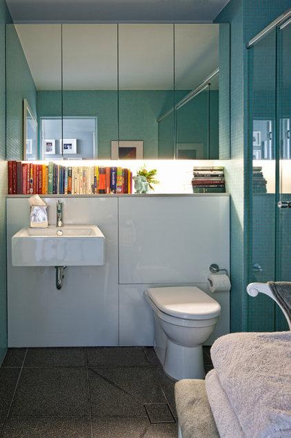 Bathroom by Brett Mickan Interior Design
