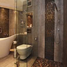 Eclectic Bathroom by Helen scott