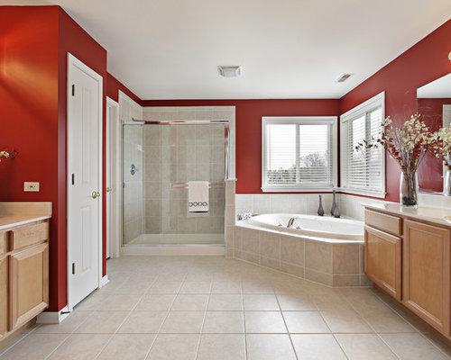 Salles de bains et wc avec une baignoire d 39 angle et un mur for Classique ideas interior designs inc
