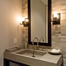 modern bathroom by James Traynor Custom Homes