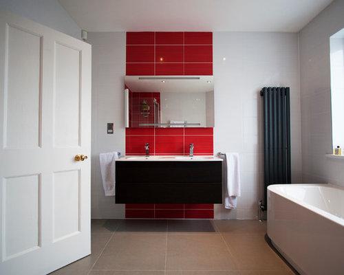 Foto e idee per bagni con piastrelle rosse londra - Piastrelle bagno rosse ...