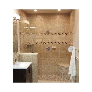 Imagen de cuarto de baño principal, clásico renovado, de tamaño medio, con armarios tipo mueble, puertas de armario de madera en tonos medios, ducha abierta, sanitario de una pieza, baldosas y/o azulejos beige, baldosas y/o azulejos de cerámica, paredes grises, suelo de bambú, lavabo tipo consola, encimera de azulejos, suelo beige y ducha abierta