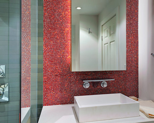 example of a minimalist bathroom design in san francisco with a vessel