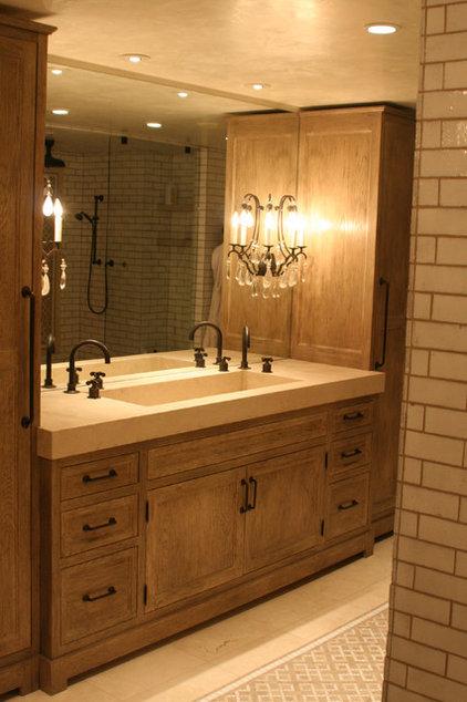 Traditional Bathroom by JM Lifestyles