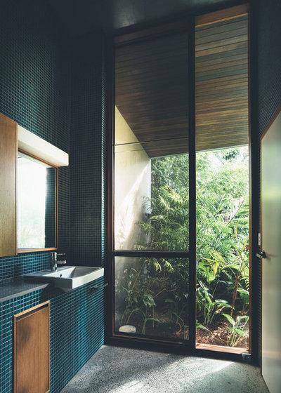 Contemporary Bathroom by Teeland Architects