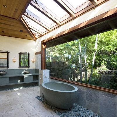 Bathroom - contemporary bathroom idea in San Francisco with a vessel sink