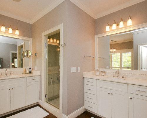 large contemporary bathroom design ideas renovations photos. Black Bedroom Furniture Sets. Home Design Ideas