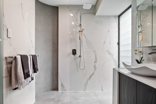 Contemporary Bathroom by Mr. Home Staging & Design Co.