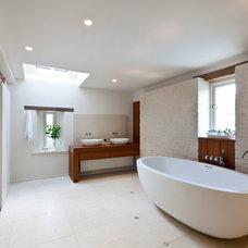Contemporary Bathroom by Studio Mark Ruthven