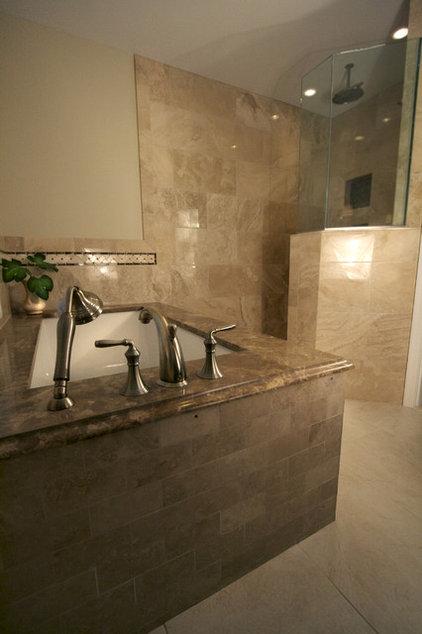 Bathroom by Cynthia Murphy