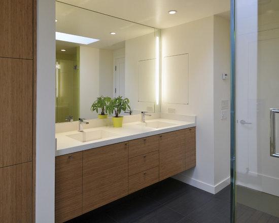 Bathroom Vanity Lights Vertical vertical vanity lighting - techieblogie