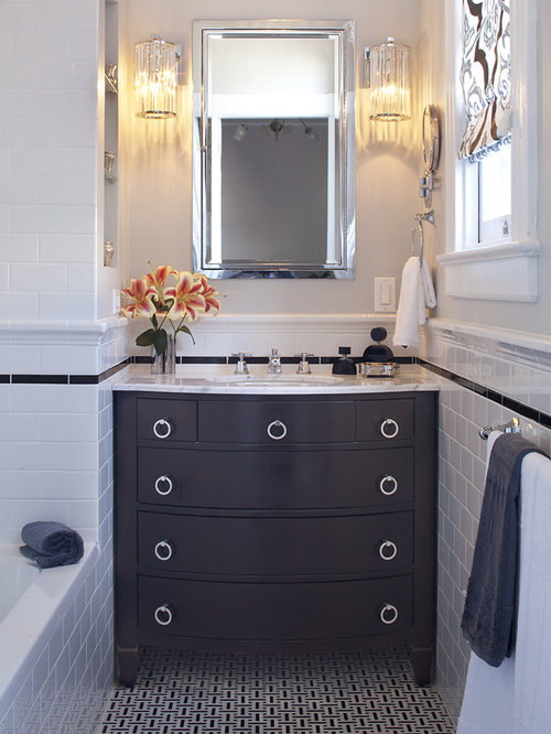 Bathroom   Contemporary Subway Tile Bathroom Idea In San Francisco