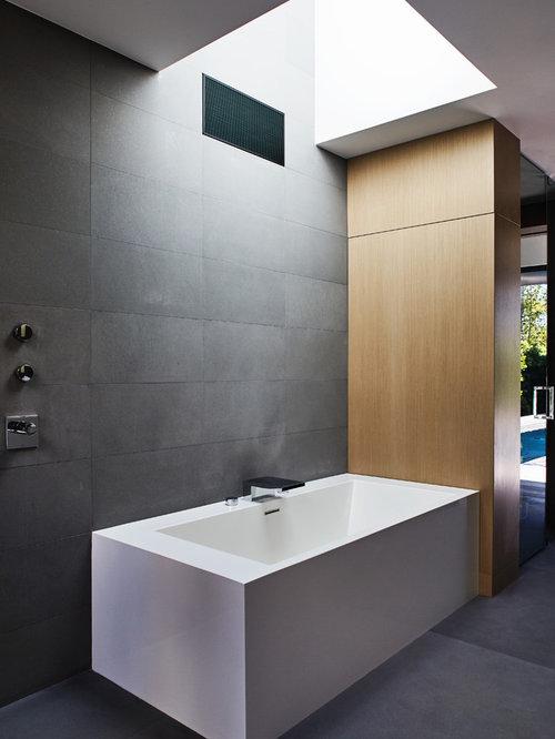 Badezimmer mit Beton-Waschtisch und Eckbadewanne - Design-Ideen ... | {Eckbadewanne design 58}