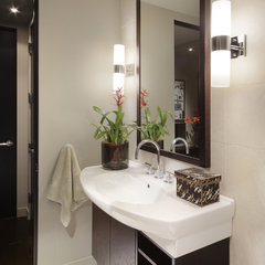 contemporary bathroom by Carson Poetzl, Inc.
